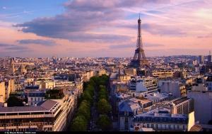 Paris-Tour-Eiffel-vue-aerienne